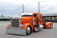 Custom-Semi-Trucks-Photos.jpg